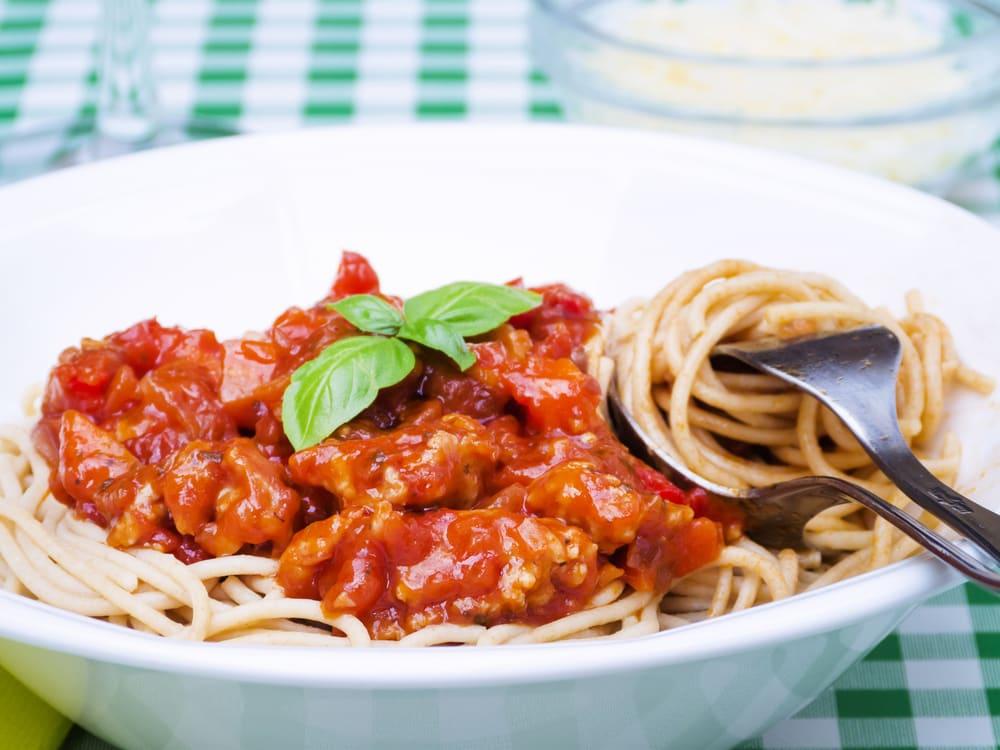 Foto de Espaguete Integral com Bolonhesa Clássico por WW