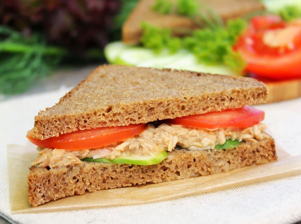 Foto de Sanduíche de Atum e Salada por WW