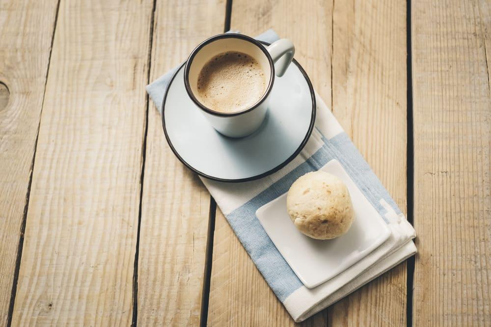 Foto de Pão de Queijo e Café Preto por WW