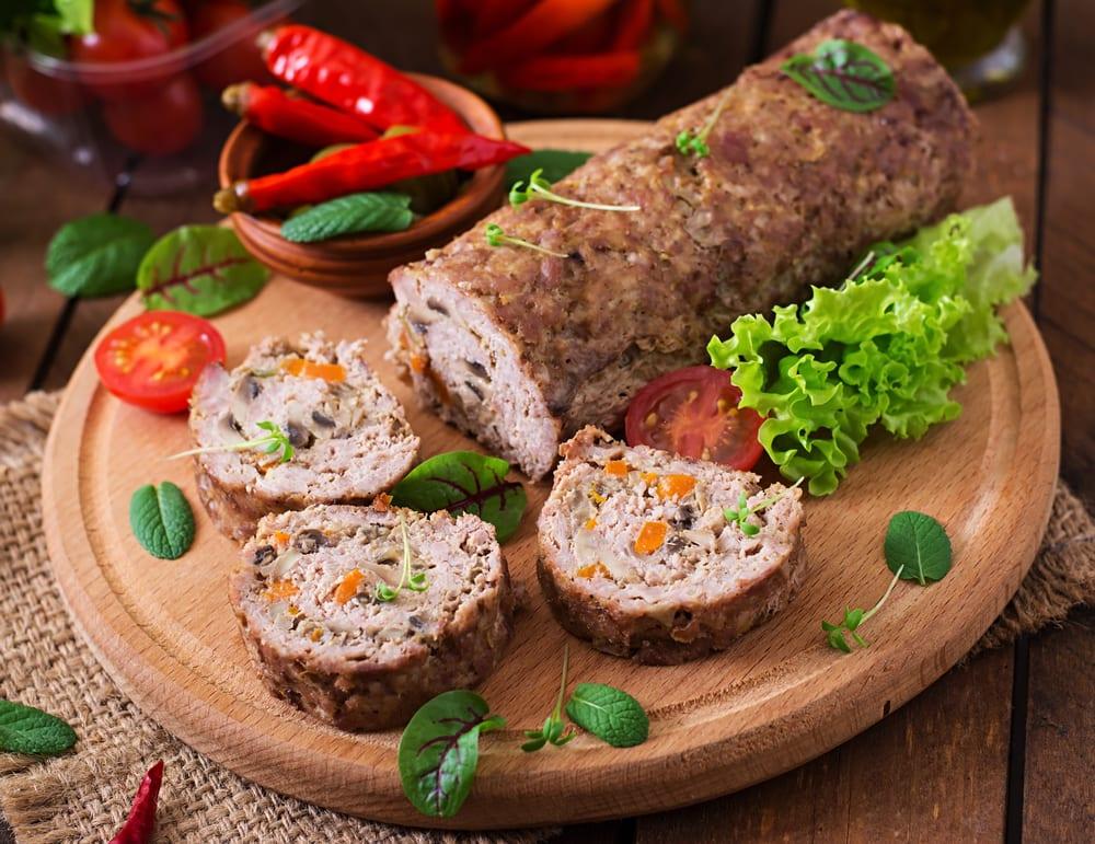 Foto de Rocambole de carne com cenoura e cogumelos por WW