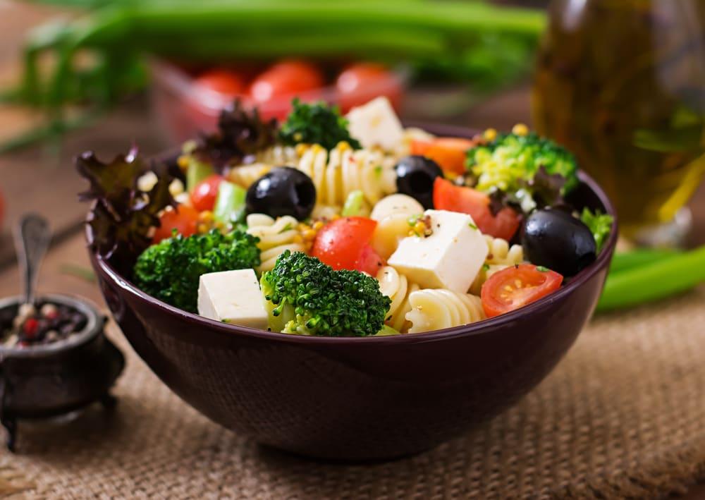 Foto de Salada de Massa com Brócolis e Queijo por WW