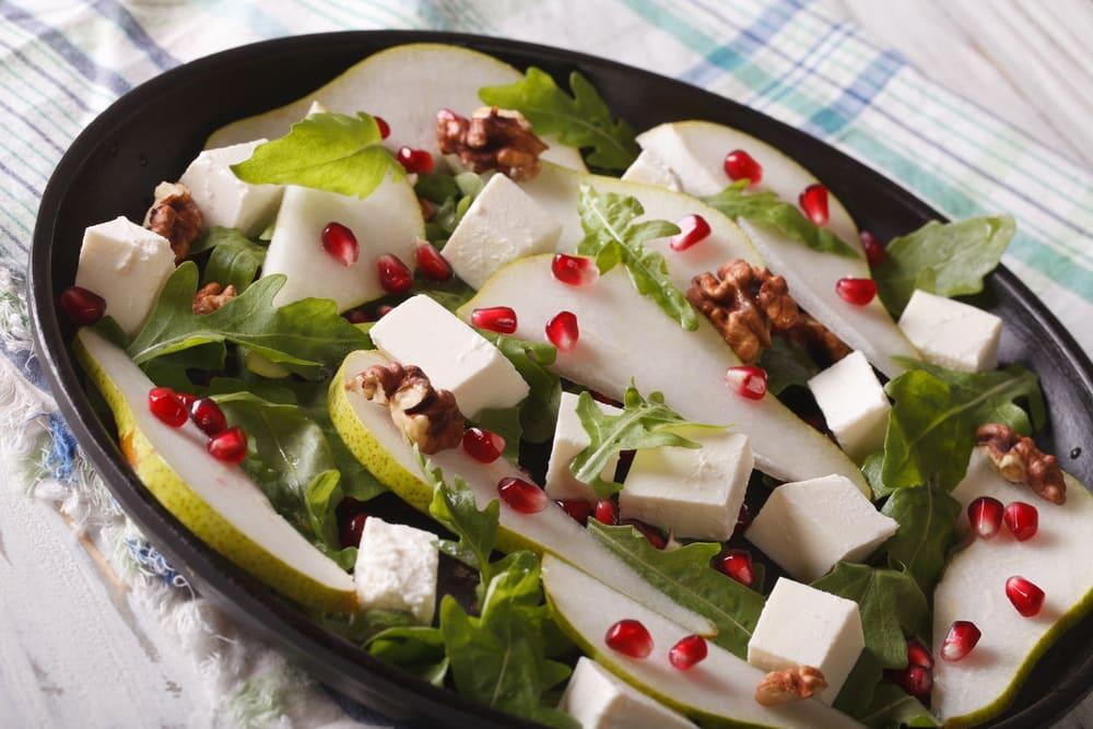 Foto de Salada de Pera e Queijo Feta por WW