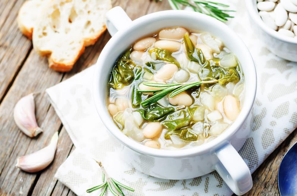 Foto de Sopa de feijão-branco com espinafre por WW