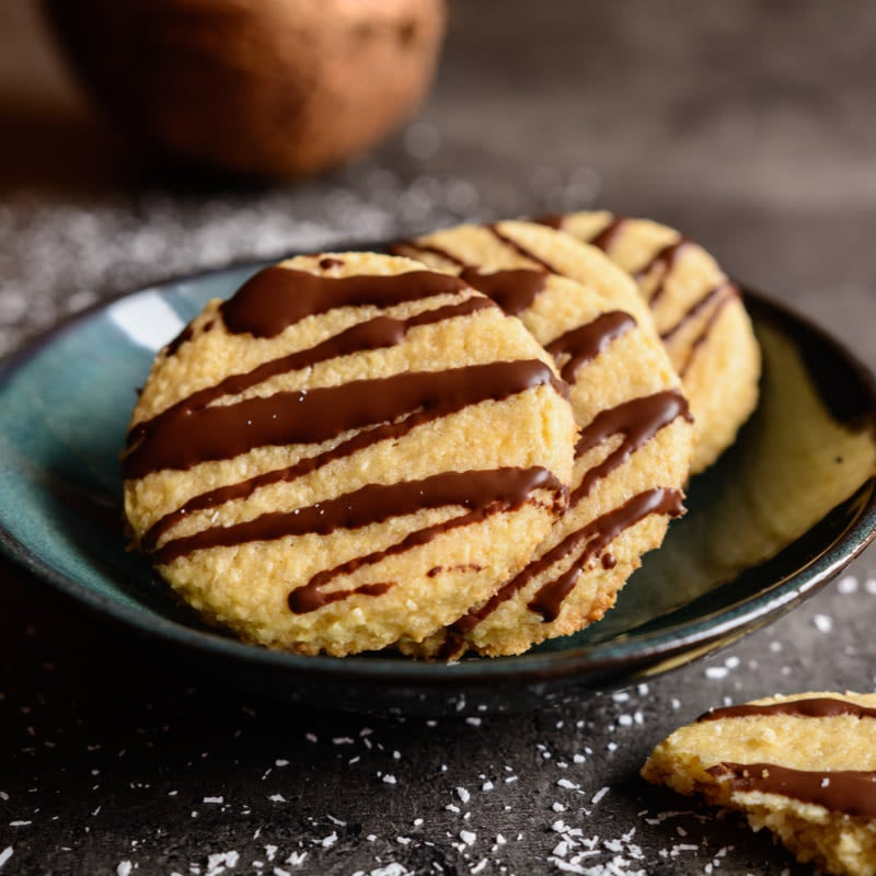Foto de Cookies com coco e chocolate por WW
