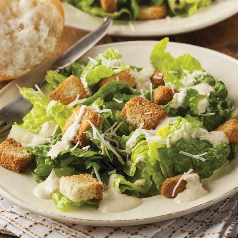 Foto de Culinária Básica - Salada Caesar Clássica por WW