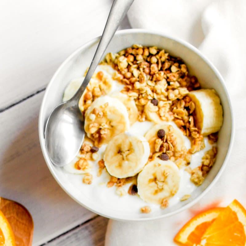 Foto de Iogurte com granola e banana por WW
