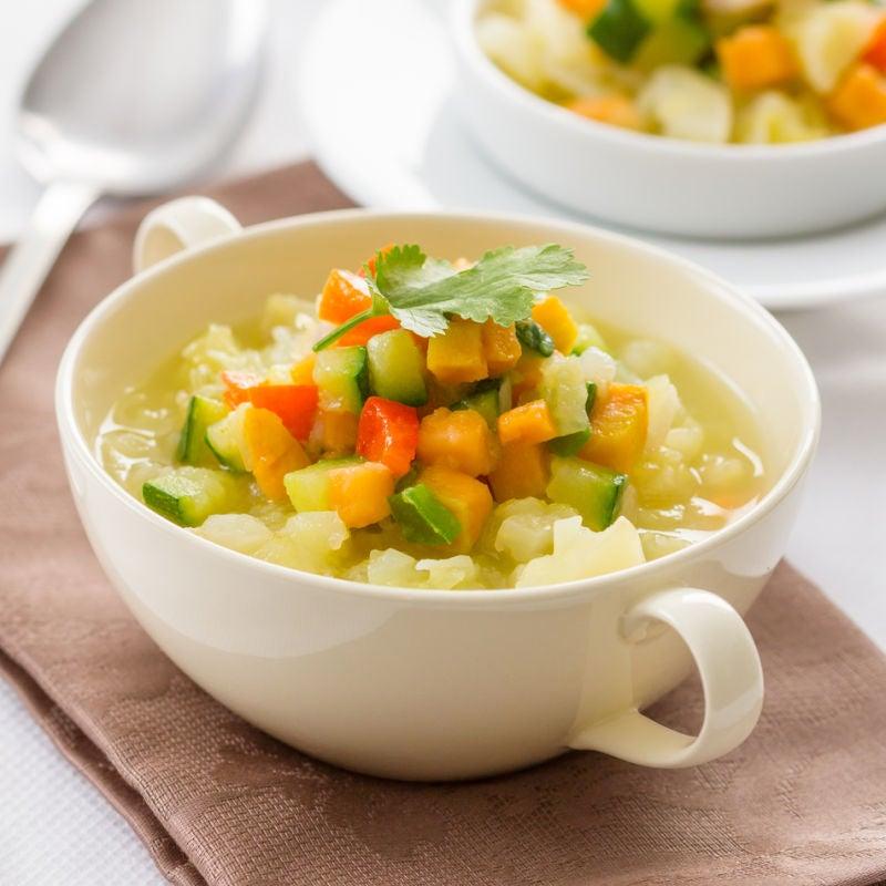 Foto de Sopa de legumes cremosa por WW
