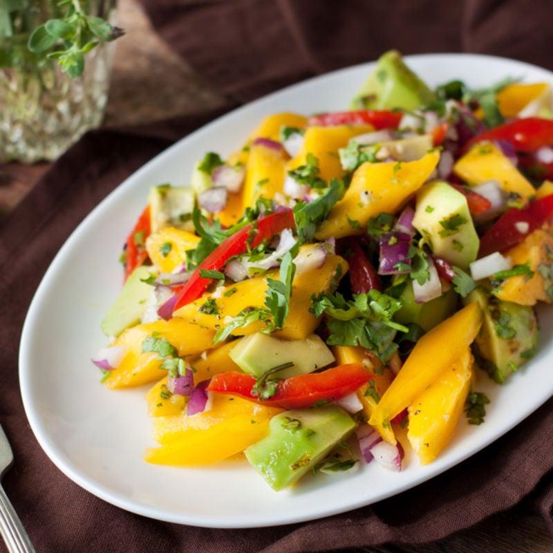 Foto de Salada tropical com manga e abacate por WW