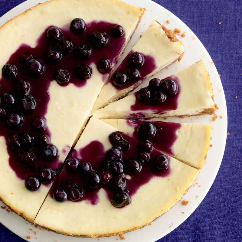 Foto de Cheesecake de Limão com Calda de Mirtilo por WW